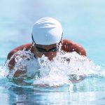 筋トレは水泳の前に行うと効果大!体の仕組みを知って効率よくダイエットしよう