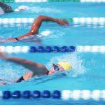 水泳に最適なドリンクは?脱水症状にならないために